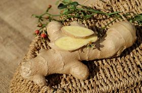 herbal-treatment-for-eczema-ginger-bath